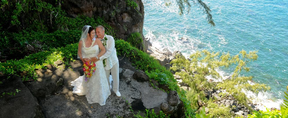 Hawaii Wedding Packages.Find Maui Weddings Hawaiian Island Weddings